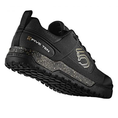 ElementStore - Impact Pro Black Gold 02