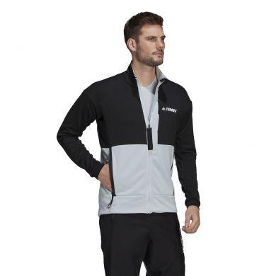 ElementStore - GM4765_APP_on-model_walking_white